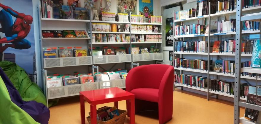 1er étage : coin BD et romans jeunes
