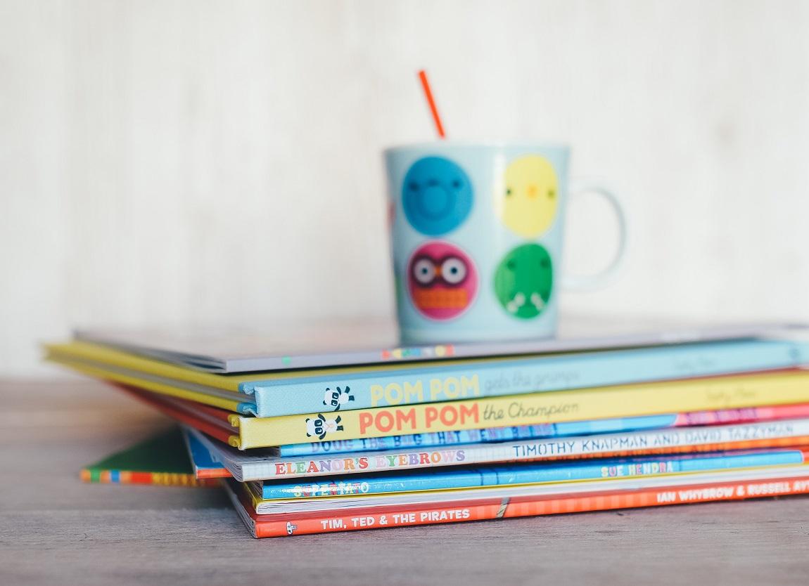 Pile de livres pour enfants